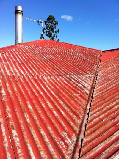 metal-roof-before