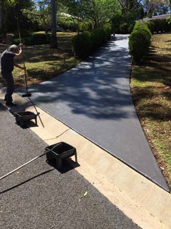 services-driveway-cleaning-after
