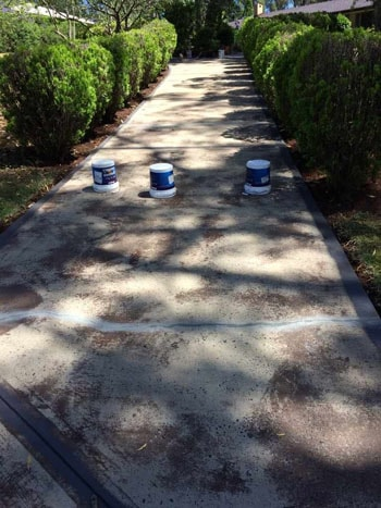 services-driveway-cleaning-before
